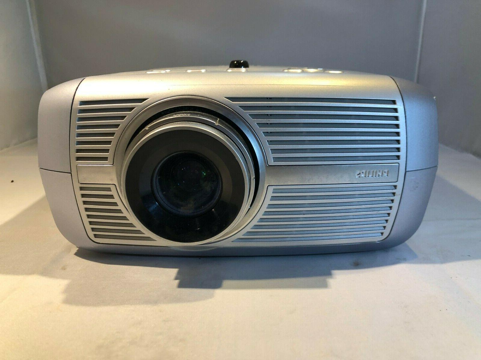 PHILIPS cClear SV1 3LCD Projector